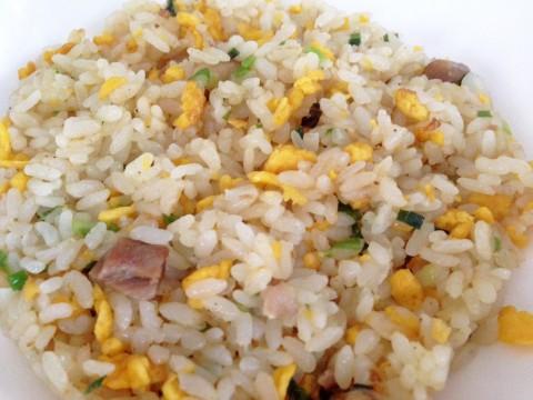 【冷凍食品レビュー】セブンイレブンのセブンイレブンの「直火炒め香味炒飯」