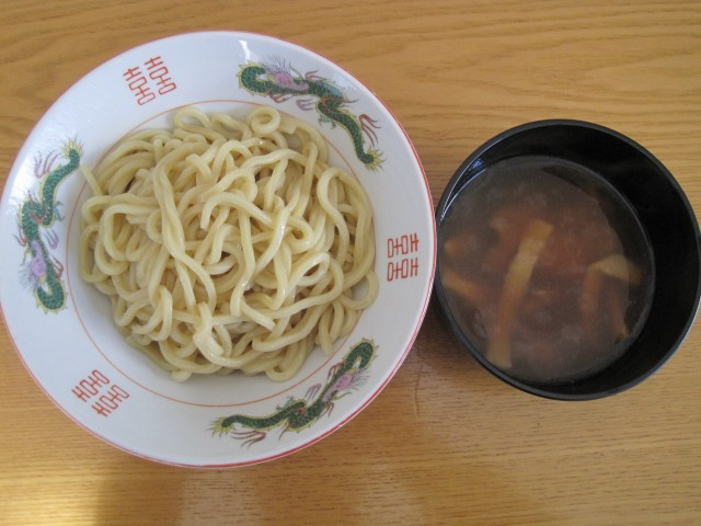 セブンイレブンの冷凍食品「具付きつけ麺」④