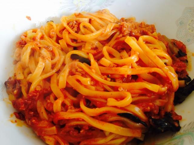 ファミマの冷凍食品「汁なし担々麺」③