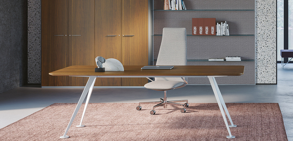 Our company specialized in office furniture has its headquarters in mellaredo pianiga in the beautiful province of venice, for over 20 years. Design Desk Designer Office Furniture Italian Design Office Desk