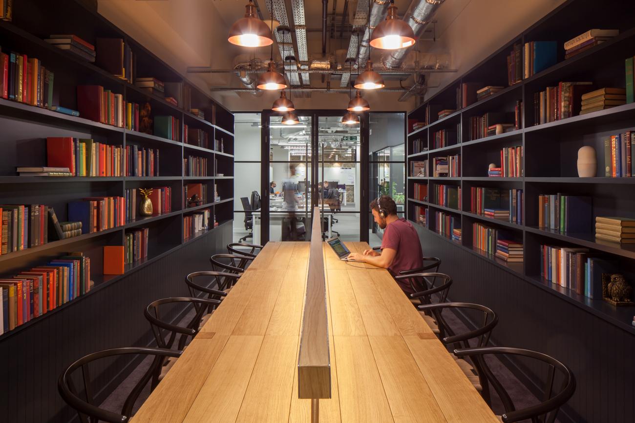 A Tour Of Zooplas Modern London Headquarters Officelovin