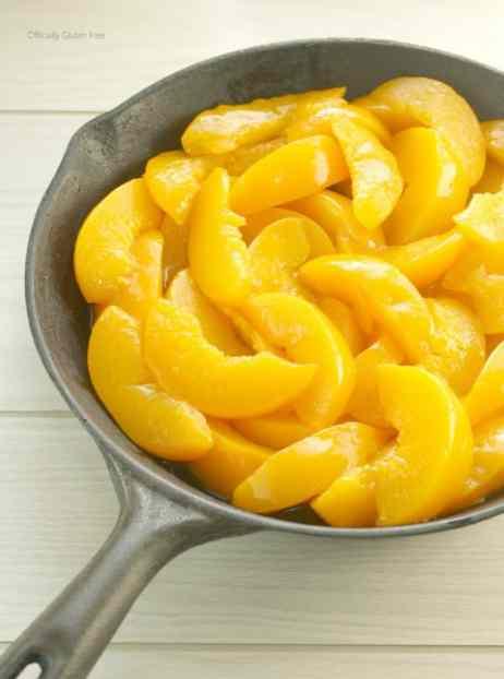 Skillet Peach Pecan Crisp