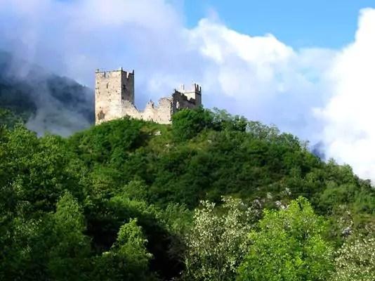 Ussatlesbains-montagnes-Tarascon-et-du-Vicdessus-patrimoine