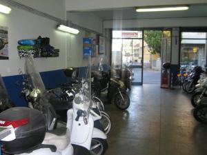 Officina Del Buono: l'officina autorizzata Piaggio e Honda a Firenze
