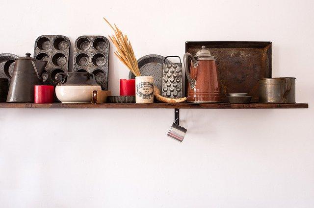 Scopri come sistemare le mensole in cameretta: Come Fissare Le Mensole Al Muro