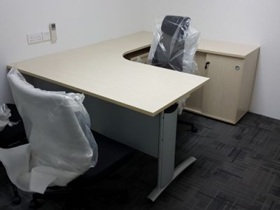 Avan Niche - L-shaped Manager Desk
