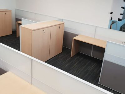 Temasek Polytechnic Phase 1B for Logistics Construction - T40 Series Workstations with Double Sided Glass and Swing Door Cabinets