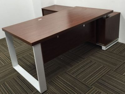 OLS Manufacturing - S1 Series Director's Desk