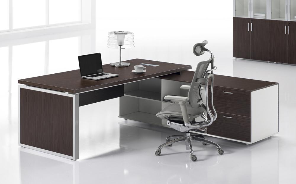 BO-Series_Director's-Desk_7