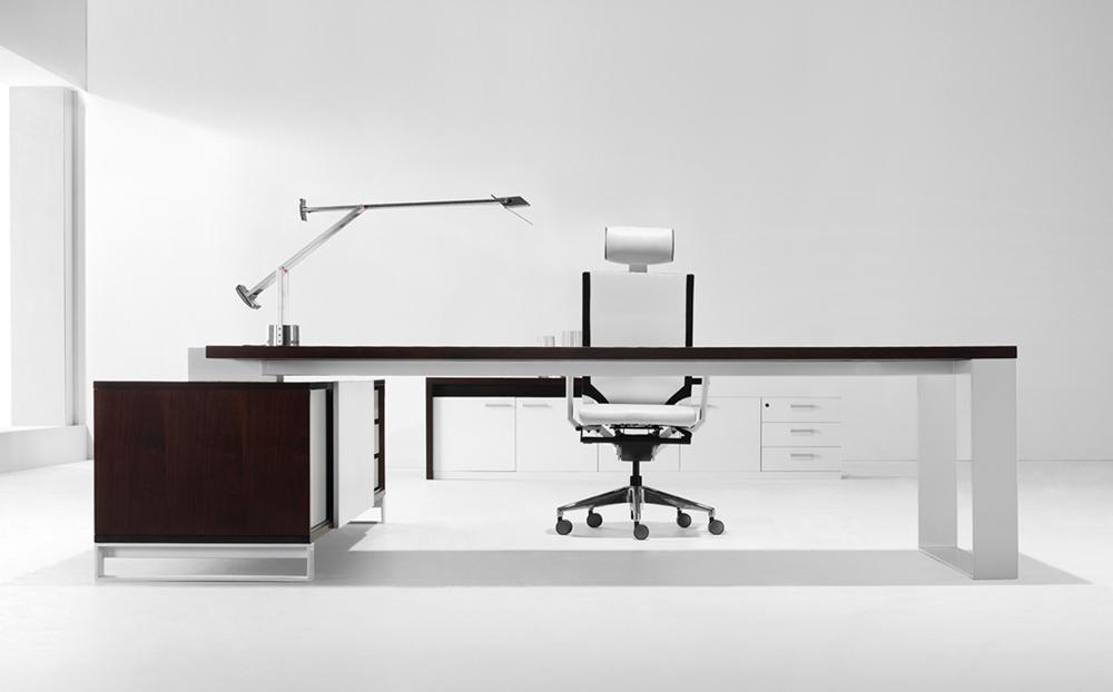 s3-series_directors-desk_1