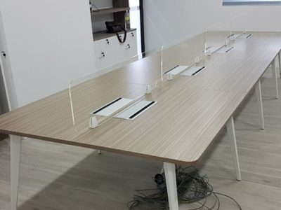 Wish Controls Pte Ltd - Rectangular Table with Clear Acrylic Clip-on Panel and Built-in Wirebox