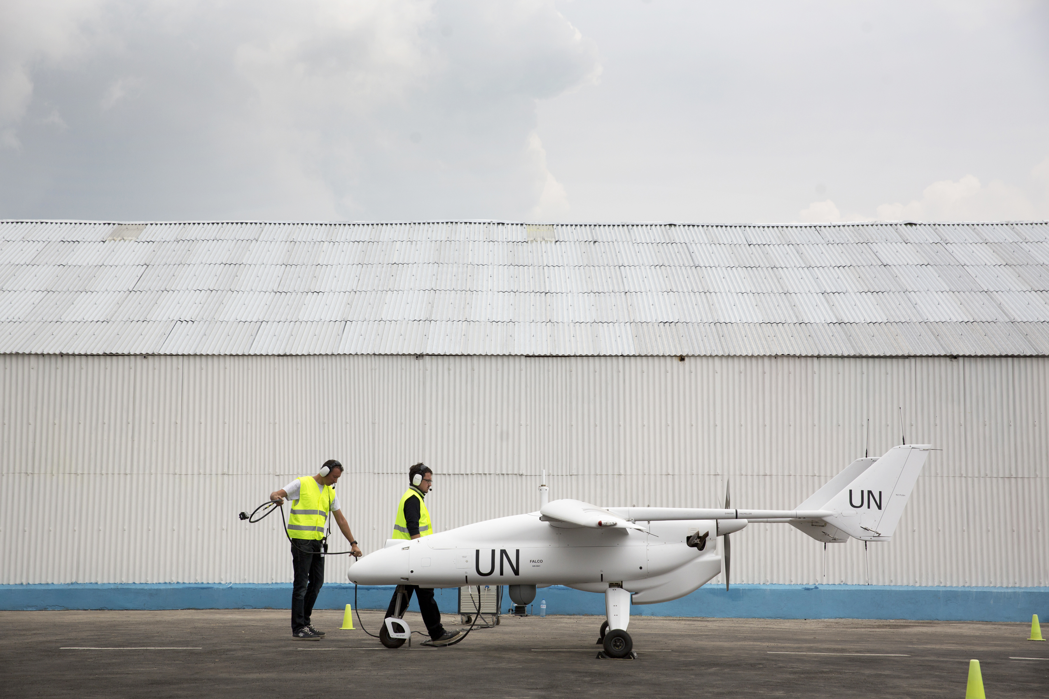 Security Policy Armed Forces Media Page 49 Ascert C15 Engine Diagram A Technician Team Prepare The Launch Of Un Drone Is Goma Democratic Republic Congo Sylvain Liechti Photo