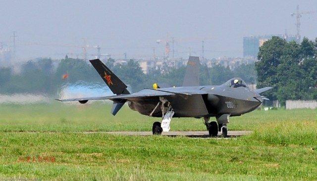 The Chinese J-20 stealth fighter (Photo via Pakistan Defence forum).