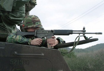 The Daewoo K-2 in action.