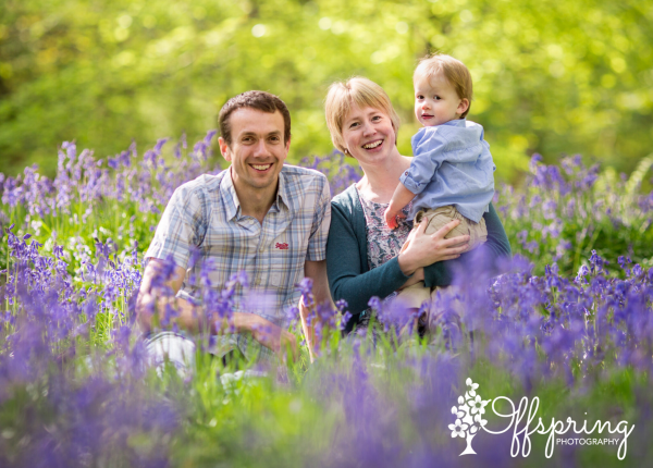 family photoshoot in bluebells