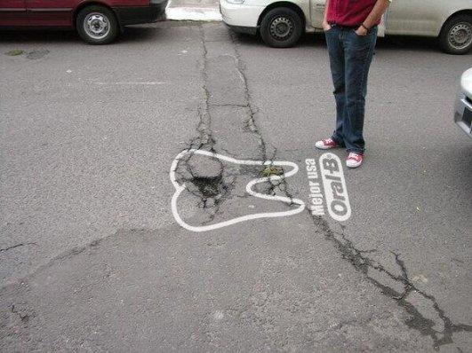 creative oral-b street crack native ad
