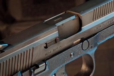 pistol chamber check