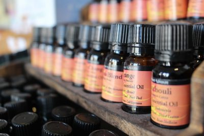 The Essential Oil That Fights Arthritis, Anxiety And Hair Loss -- And Kills Bugs, Too
