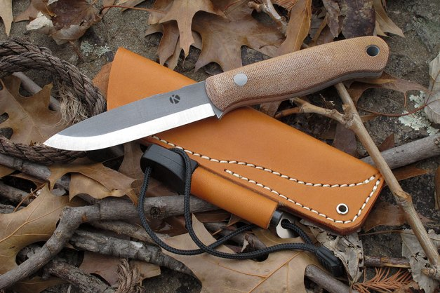 3 Traits That Separate True Survival Knives From Worthless Ones