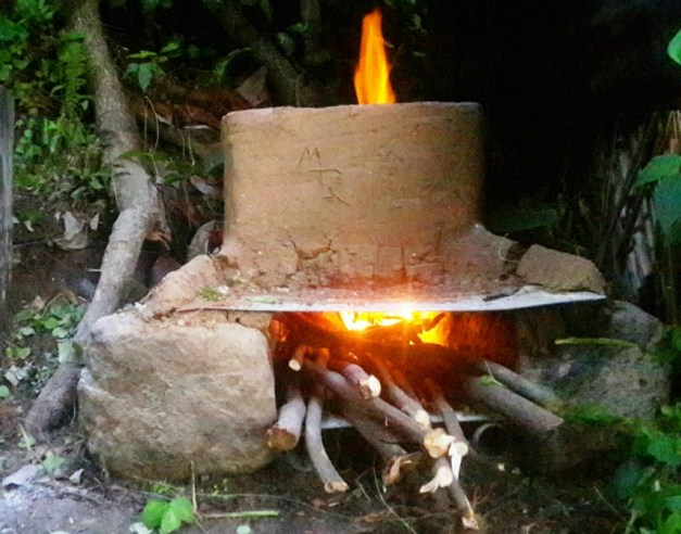 The Smokeless & Easy-To-Build Off-Grid Cooking Stove