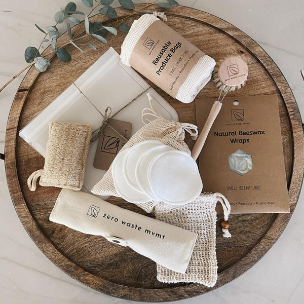 Plastic-free and made by awesome, earth-friendly individuals and brands, you can find zero waste gifts for every person on your shopping list. Like this zero waste starter kit for the person in your life who just loves thoughtful gifts.