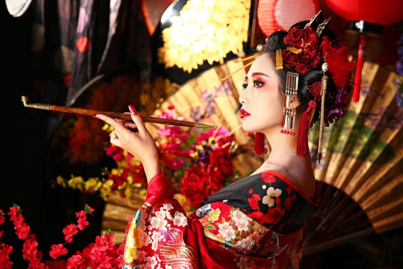 Tina Travels: Oiran Makeover - Unique Travel Experiences in Kyoto Japan | Of Leather and Lace