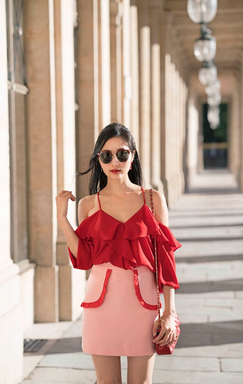 How To Style Red And Pink Outfits Of Leather And Lace