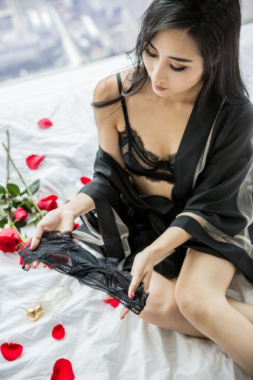 Lingerie Brand Crush - Thistle and Spire | in NYC | Of Leather and Lace