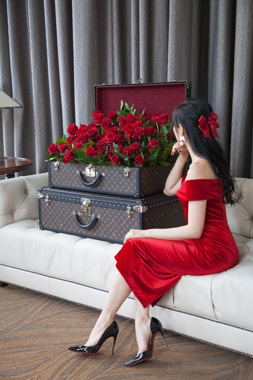 9 Days of Valentine - Day 2: Read Romance Novels   Of Leather and Lace - Fashion & Travel Blog by Tina Lee   red dress outfit, valentines outfit ideas, red soles, christian louboutin, louis vuitton trunk, red roses, romantic outfits