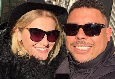 Em Nova York com Ronaldo, nova namorada se declara ao Fenômeno: 'Te amo' - Reprodução/Instagram