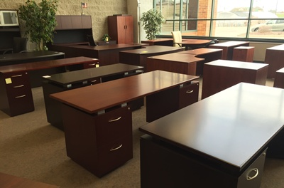 Kenosha Office Furniture Warehouse Outlet Pricing New Used Desks For Sale Illinois Affordable Chairs Waukegan Discount Conference Tables Milwaukee Liquidation Pleasant Prairie Cheap Furniture