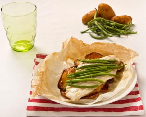 Risultati immagini per cartoccio di orata patate e fagiolini