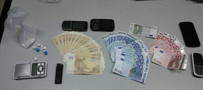 La droga e i soldi sequestrati a Salah Main