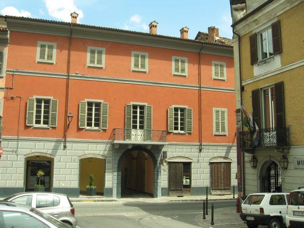 Serravalle_Palazzo_Grillo - I