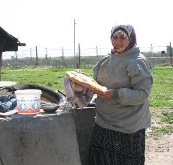 Lurdi 4 Al forno vicino al muro a Nusaybin