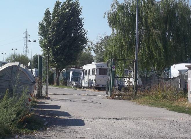Il campo nomadi di Tortona