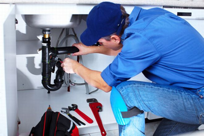 La Finanza di Casale scopre un idraulico che non ha dichiarato 600 mila euro