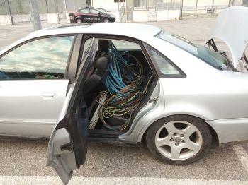 L'auto sequestra col rame