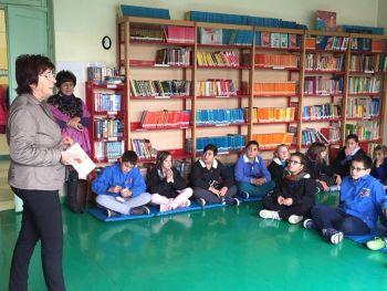 L'assessore Caprioglio impegnata nella promozione della lettura nelle scuole casalesi