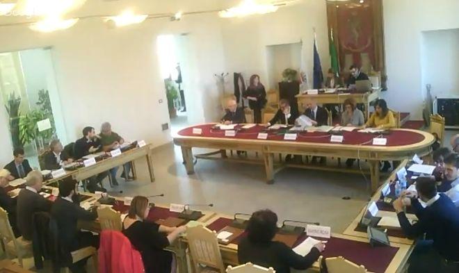Giovedì riunione del Consiglio con l'affidamento delle mense scolastiche ad Asmt, lo studio sui tumori e tanto altro