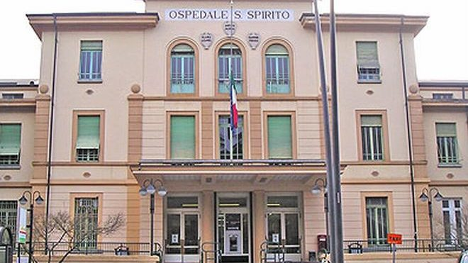 Casale Monferrato, uomo semina il panico nel Pronto Soccorso e appica il fuoco, arrestato