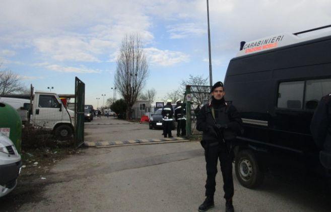 Blitz di Carabinieri e Vigili al campo nomadi di Tortona: 18 rubavano energia elettrica e sono stati denunciati
