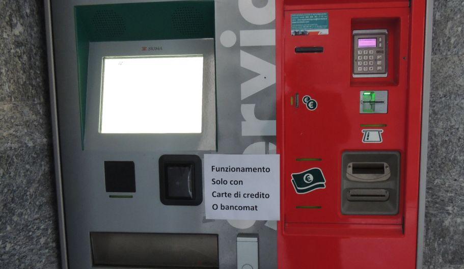 I  biglietti del treno alla stazione di Diano si possono fare solo se si ha la carta di credito
