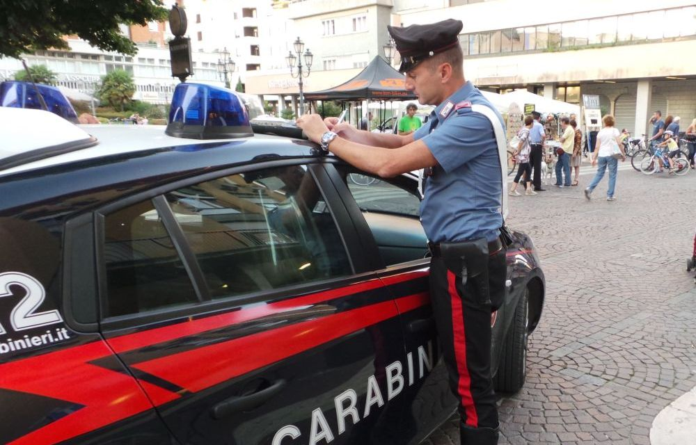 Italiano denunciato dai carabinieri di Acqui terme per produzione sostanze stupefacenti