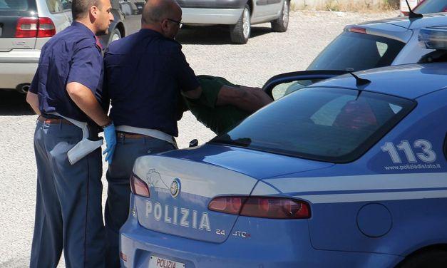 Valenzano di 32 anni denunciato per possesso di droga dalla Polizia