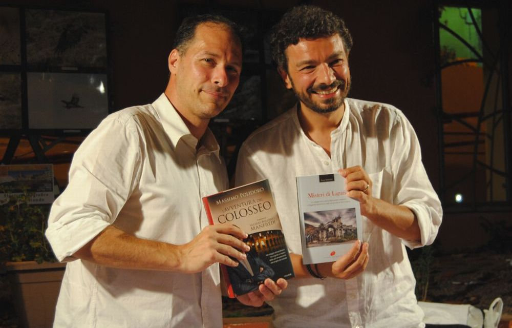A Santo Stefano il dianese Luca Valentini ha presentato 5 libri oltre al suo, la serata di gala e coordinato il Festival del libro