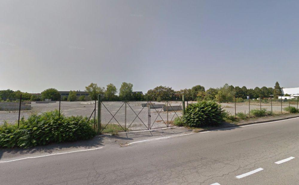 Il Comune di Tortona vende l'Autoparco di via Piemonte e altre due aree per circa 1 milione di euro
