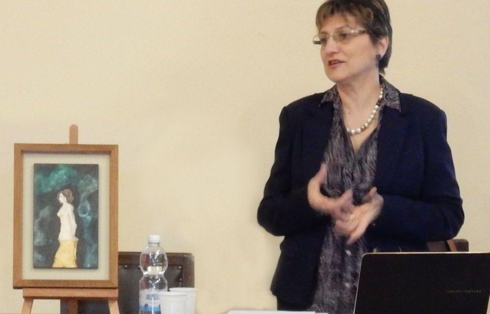 """La tortonese Giovanna Franzin mercoledì presenta il suo saggio """"Quanto conta l'arte nella nostra vita"""" a Voghera"""