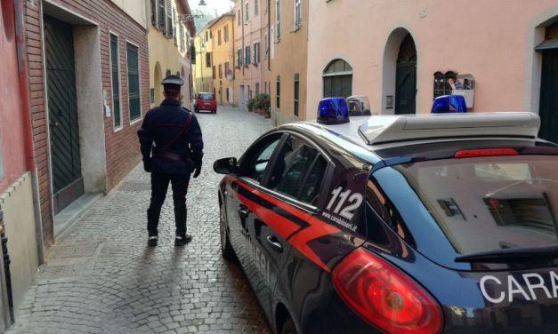 Marocchino ubriaco danneggia auto parcheggiate nel centro di Novi Ligure
