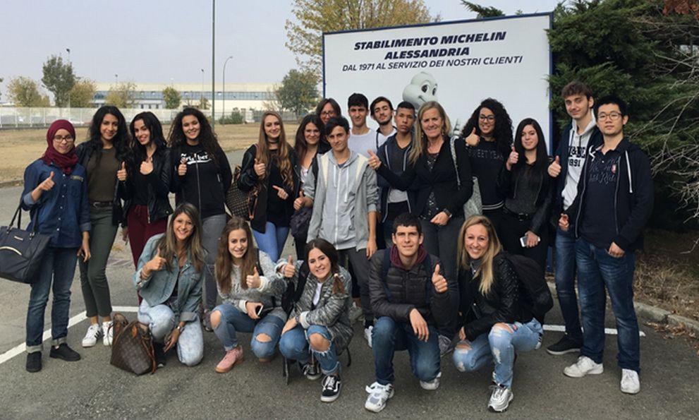 Gli studenti tortonesi del Carbone e del Marconi in visita alla Michelin di Alessandria